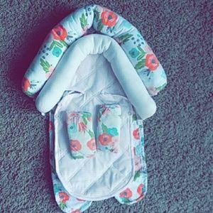 Baby girls headrest